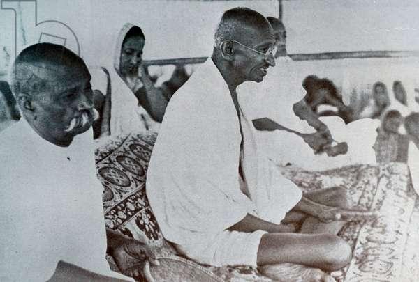 Mohandas Gandhi at a Congress Party meeting.