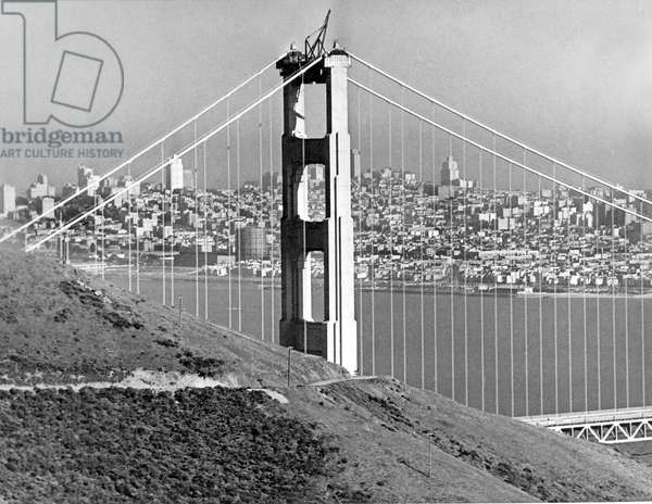 Golden Gate Bridge Tower (b/w photo)