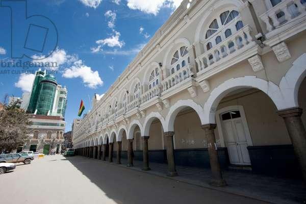 Building of the Prefectura, Oruro, Bolivia (photo)