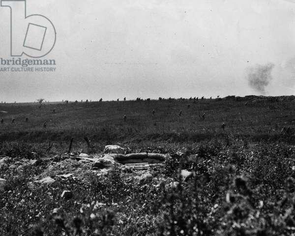 Middx Regt Returning after failure to assualt Hawthorn Ridge, 1916 (b/w photo)