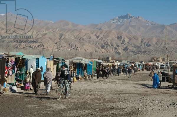 Bazaar in Bamiyan, Bamian Province, Afghanistan (photo)