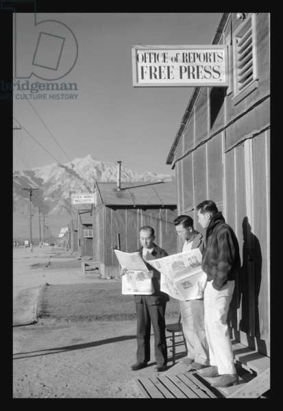 Manzanar Free Press, 1943 (photo)