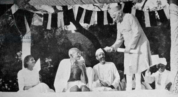 Mahatma Gandhi at a meeting in Allahabad.