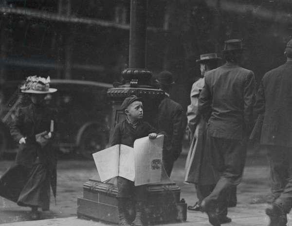 Small Newsie down-town, Saturday P.M. May 7th, 1910 1910 (photo)