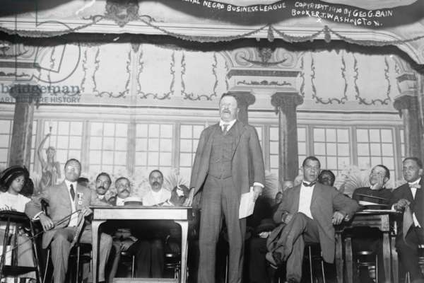 Roosevelt Speaks at Nation Negro Business League 1910 (photo)