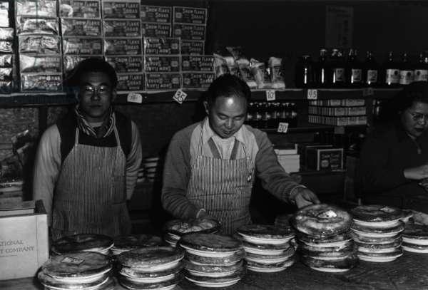 Co-op store (Segregees), Manzanar Relocation Center, California, 1943 (photo)