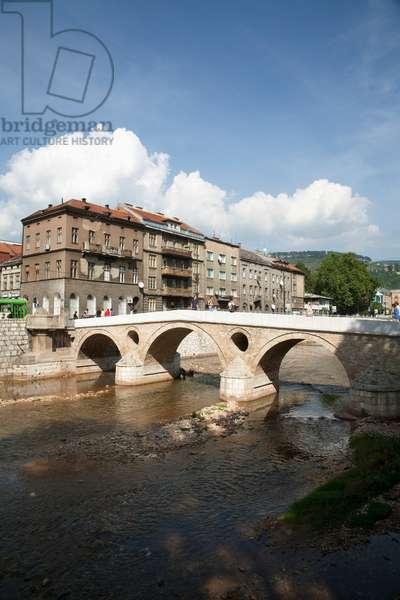 Latin Bridge (photo)