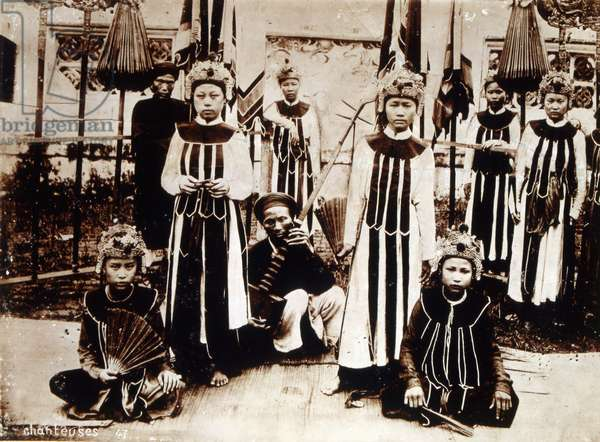 Vietnamese musicians and singers during French Colonial rule