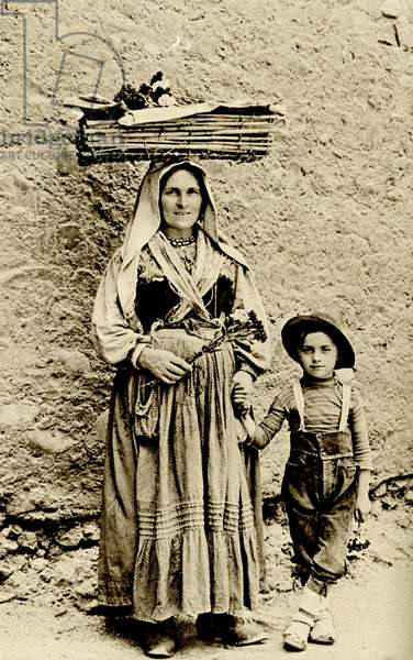 Historical Geography. 1900. Italy. Rome. Carnation seller mother with her son.