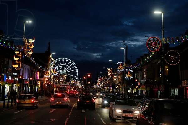 Belgrave Avenue, the Golden Mile, Leicester during Diwali festival, Great Britain, 2015 (photo)
