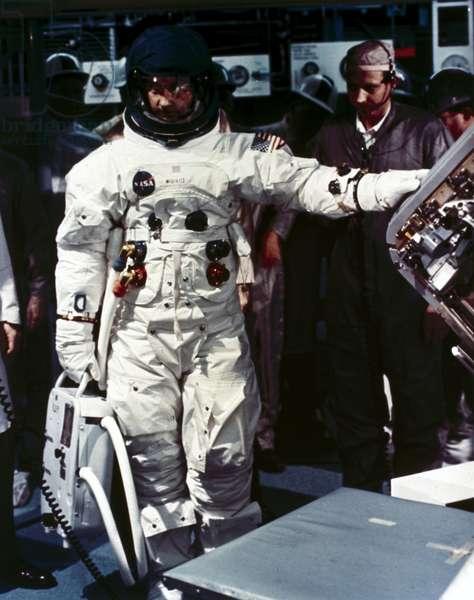 Manned Space Flight, USA, Apollo 9 Apollo 9 astronaut James McDivitt, 1969