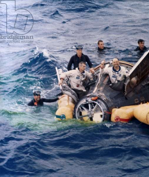 Manned Space Flight, USA, Mercury/Gemini Gemini 9 spacecraft after splashdown, 1966