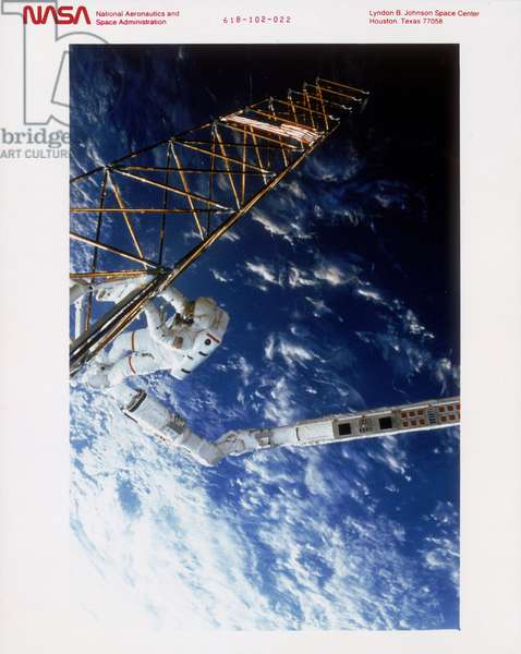 Manned Space Flight, USA, Shuttle Shuttle Astronaut on EVA, Atlantis, 1985