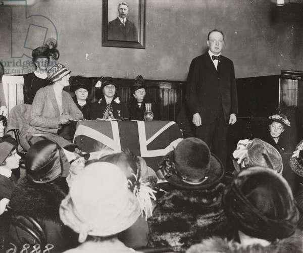 Winston Churchill makes a speech, Wanstead, 10 October 1924