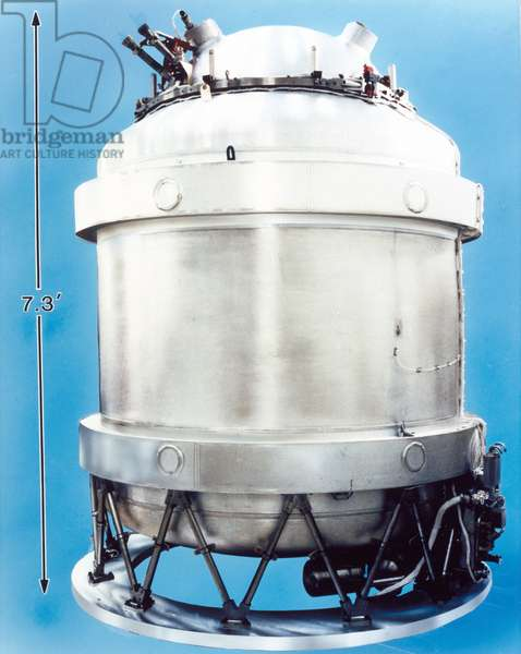 Satellites, Scientific, USA Cryostat for COBE satellite, 1989