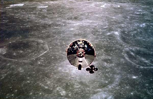 Manned Space Flight, USA, Apollo 10 Apollo 10 in lunar orbit, 1969