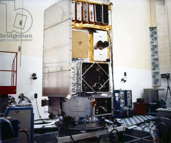 Satellites, Scientific, USA The High Energy Astronomy Observatory (HEAO A) satellite, 1977