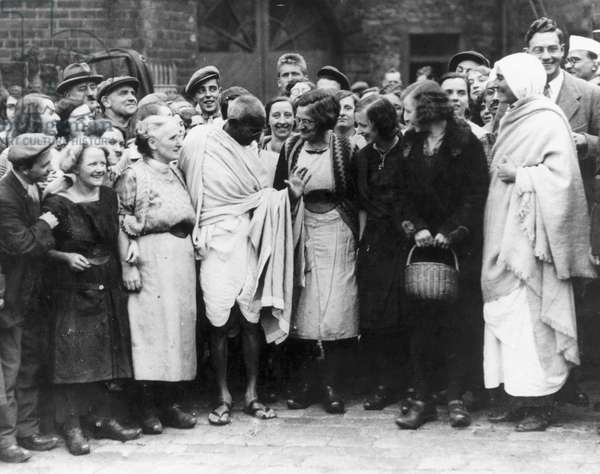 Mahatma Gandhi on an official tour, England, 1931