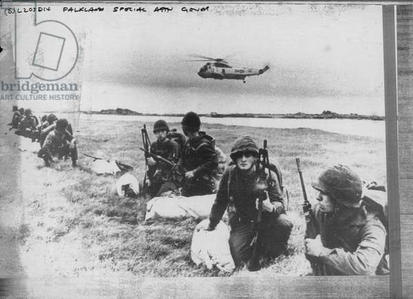 Argentinian soldiers, Falkland Islands, 13 April 1982