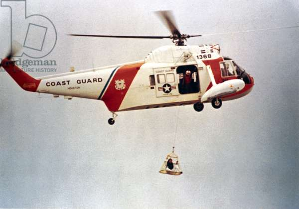 Manned Space Flight, USA, Apollo 16 Training exercise involving recovery of Apollo 16 astronaut Charles Duke, 1972