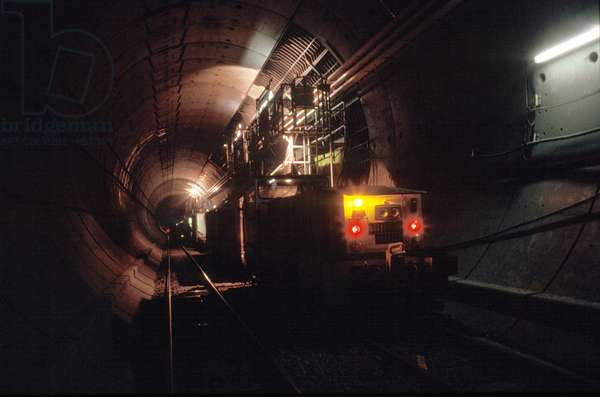 Inside the Channel Tunnel, 1992 (photo)