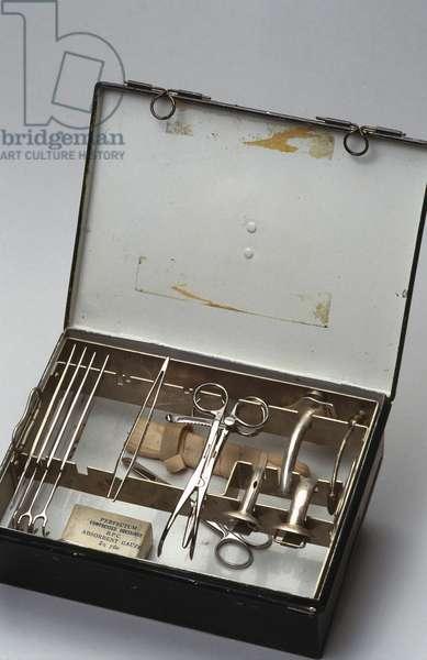 Equipment, Ear, Nose & Throat Emergency tracheotomy set, 1941