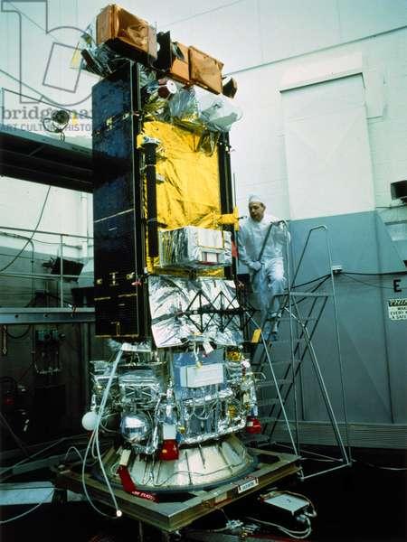 Satellites, Weather, USA NOAA satellite with technician, 1970s