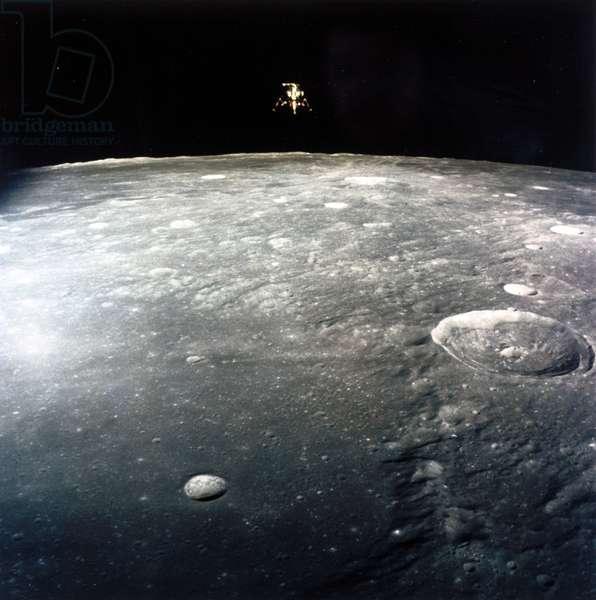 Manned Space Flight, USA, Apollo 12 Apollo 12 Lunar Module, ÔIntrepidÕ, descending to land on the Moon, 1969