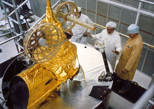 Satellites, Weather, USA The Geostationary Operational Environmental Satellite (GOES-D), 1980