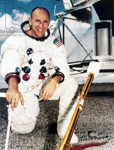 Manned Space Flight, USA, Apollo 12 Apollo 12 astronaut Alan Bean, 1969