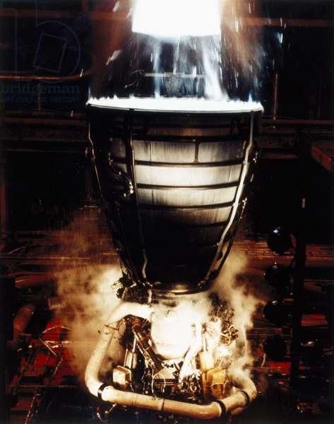 Manned Space Flight, USA, Shuttle Test firing Space Shuttle Main Engines (SSME), 1980s