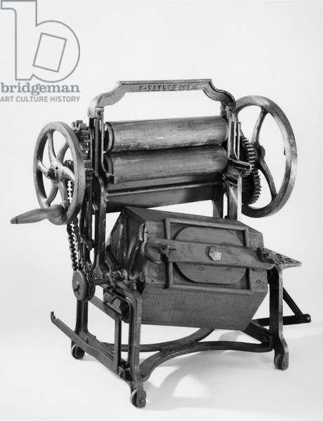 Model washing and wringing machine, c 1870