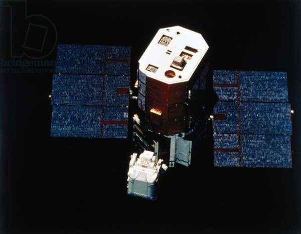 Manned Space Flight, USA, Shuttle Astronaut with Solar Maximum Satellite, 1984