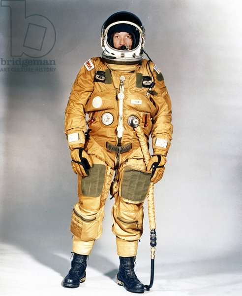 Manned Space Flight, USA, Shuttle Training Early Space Shuttle ejection escape suit, 1979