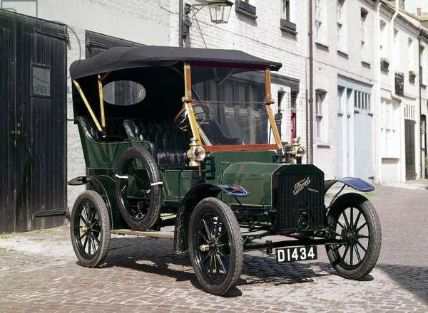 Ford model N motor car, 1906