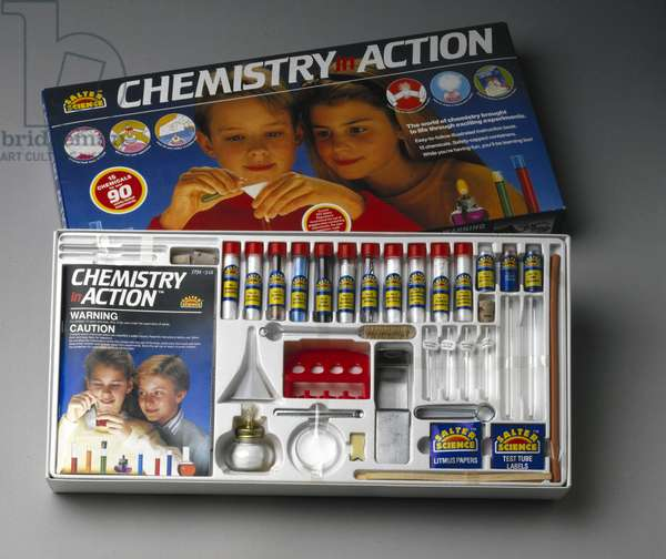 Salter Science 'Chemistry in Action' set , 1995