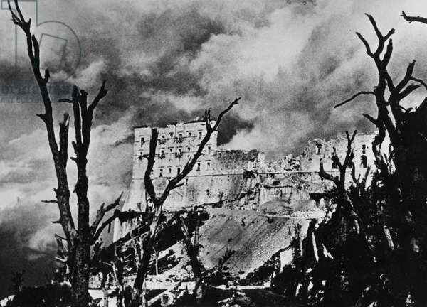 Italy, lazio, montecassino, the abbey destroyed by bombing during the battle of cassino of 1944 (b/w photo)