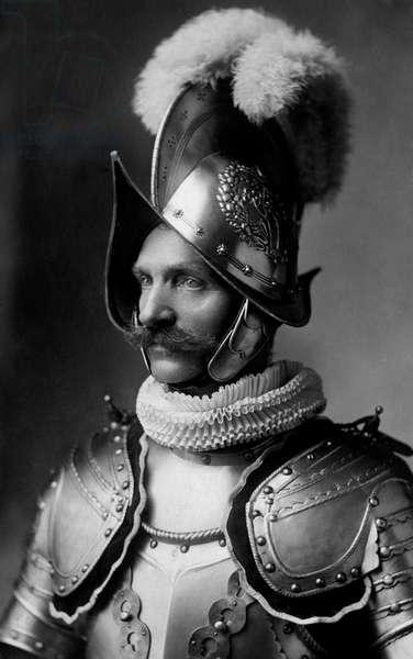 Swiss papal guard with a sixteenth-century helmet, 1920 (b/w photo)