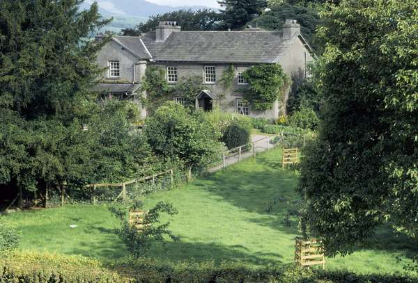 View of Hill Top Farmhouse (photo)
