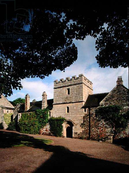 The south front, Cotehele House, Cornwall (photo)