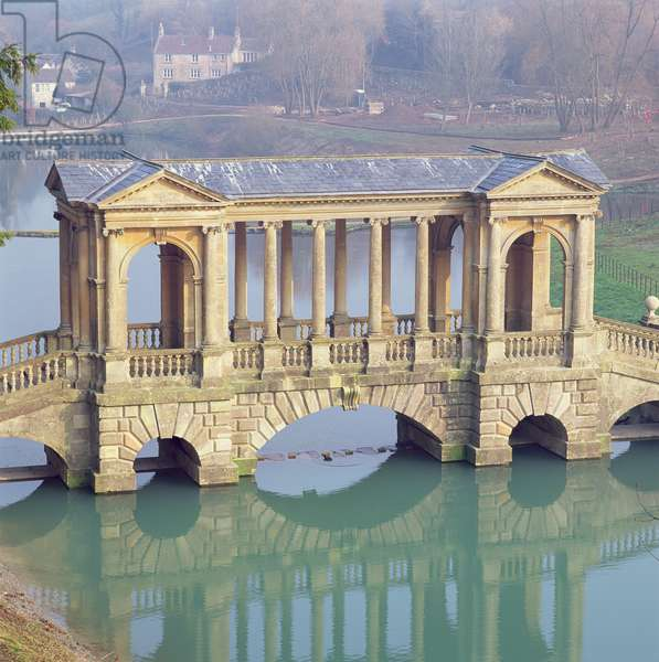 View of the Palladian Bridge (photo)
