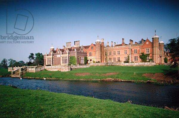 The West front, Charlecote Park, Warwickshire (photo)