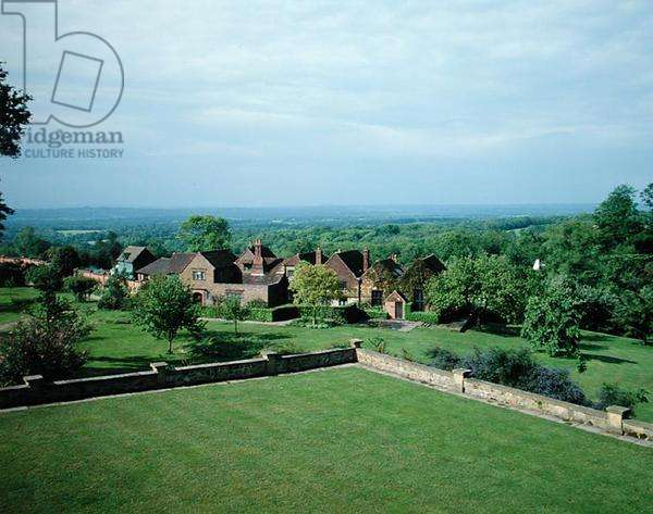 Looking towards Chartwell with the hills of Kent beyond (photo)