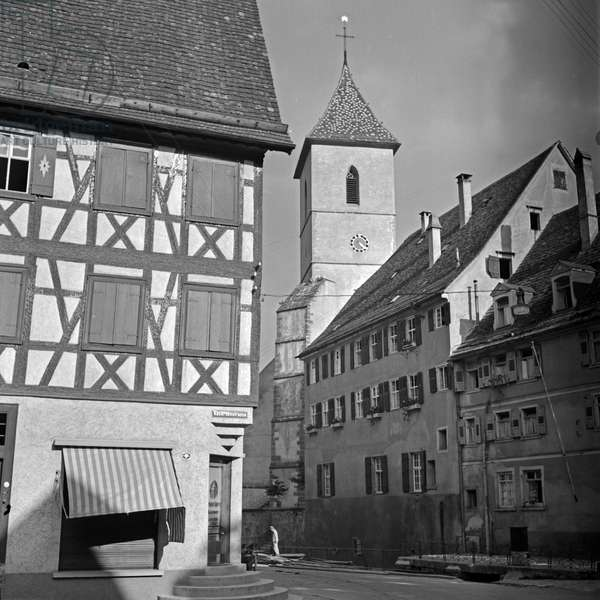 View from Kasernenstrasse street to Roman Catholic church of Our Lady at Horb at river Neckar, Germany 1930s (b/w photo)