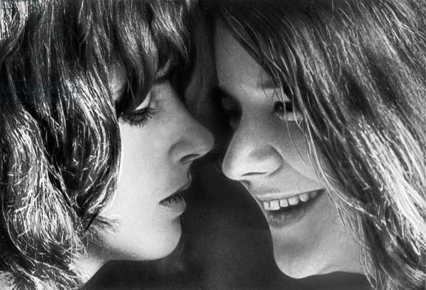 American singer Janis Joplin (r) with Grace Slick of Jefferson Airplane, USA end 1960s