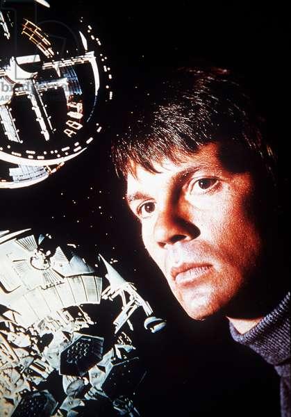 """L'astronaute Frank Poole (Gary Lockwood) dans le film de science fiction """"""""2001 l'odyssee de l'espace"""""""" (2001 : a space Odyssey) de Stanley Kubrick. 1968"""