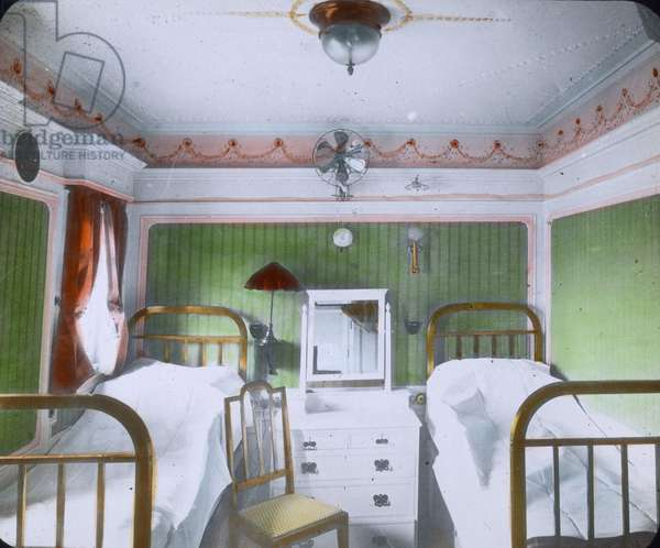 The maiden voyage of the Titanic 1912, Sleeping cabin on board of the Titanic, Carl Simon, hand coloured glass slide
