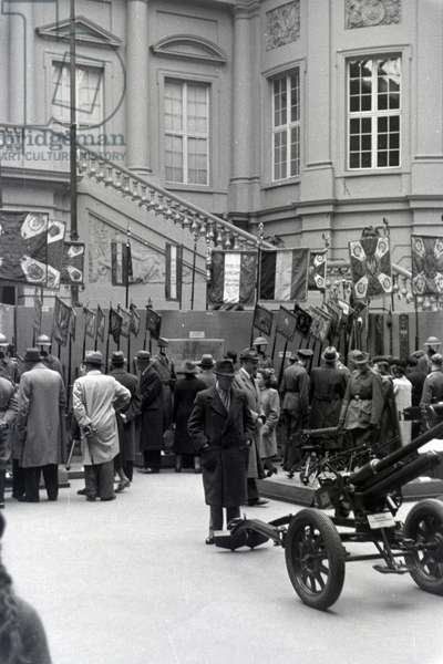 Ceremony of the presentation of the Sarajevo plate as a trophy in the armory, Unter den Linden, Berlin, Germany 1941 (b/w photo)