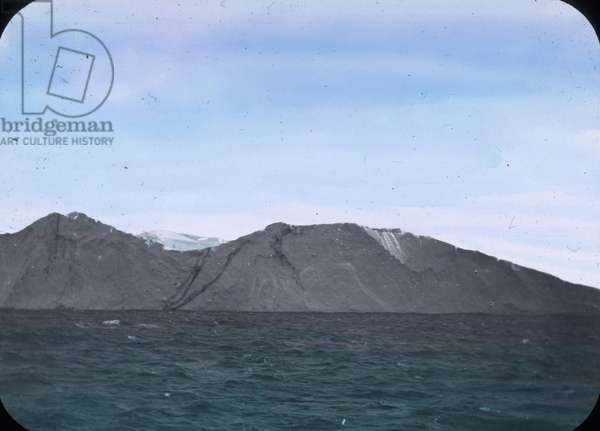 The maiden voyage of the Titanic 1912, Titanic disaster, Iceberg, North Atlantic, history, historical, Carl Simon, hand coloured glass slide
