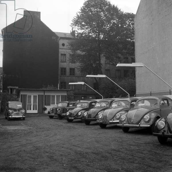 Cars at a second hand car shop in Hamburg 1954